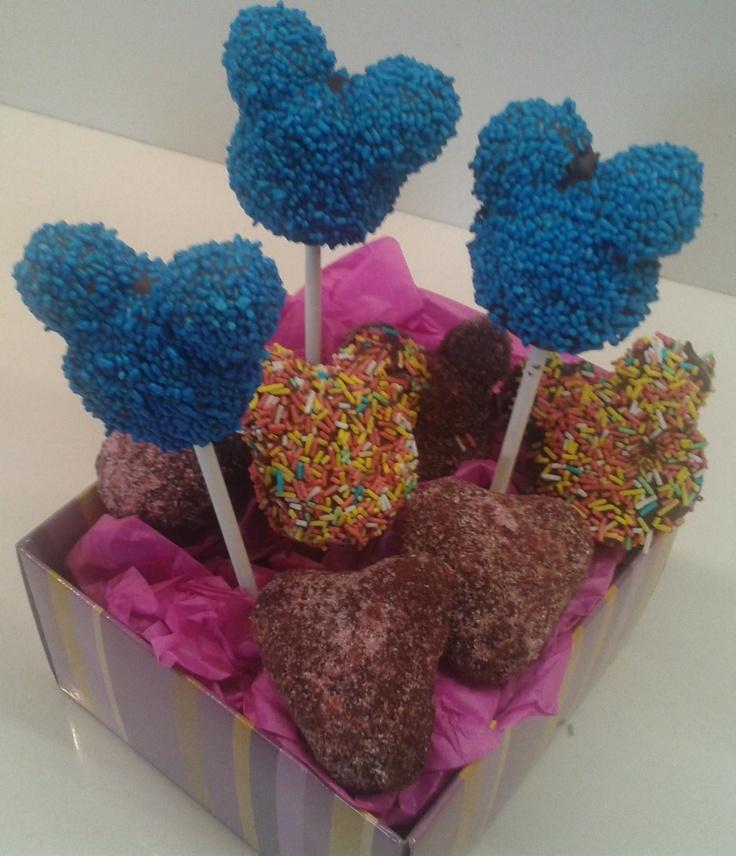 Mickey's Cake Pops