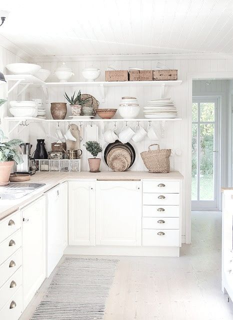 Dream kitchen right here....my obession with white.....