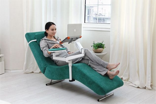 Ergonomic Recliner Chair With Laptop And Tablet Arms Ec04 Furnituredesigns Most Comfortable Office Chair Chair Recliner Chair