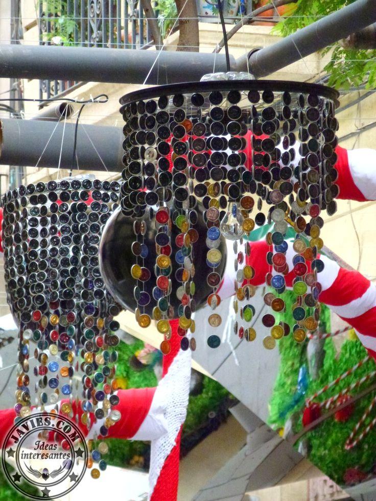 Fiestas del Barrio de Gràcia 2014 - decorar con materiales reciclados - Nespresso - javies.com - #recycle #crafts #manualidades #diy #deco