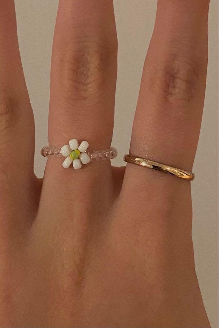 Cute Jewelry, Beaded Jewelry, Jewelry Accessories, Jewlery, Stil Inspiration, Accesorios Casual, Cute Rings, Ear Piercings, Bling
