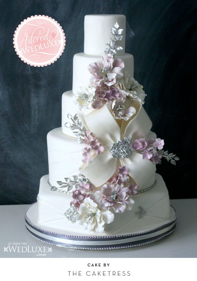 wedding cake with bow 1000 ideas about bow cakes on cakes fondant 26833