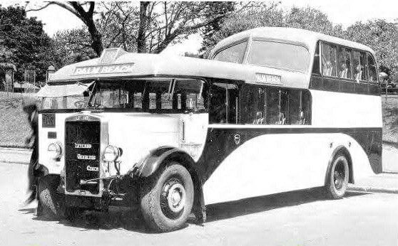 Manly to Palm Beach bus in 1935.Northern Beaches region of Sydney.