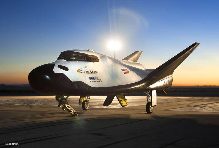 Bagaimana pesawat ruang angkasa yang dinamai pesawat dream chaserbisa mengantar kita ke era barudalamperjalanan menuju ruang angkasa.