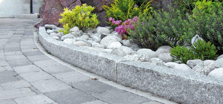 Granittkant og brostein fra Steinspekteret. Granitt brostein, granitt brostein på nett, granitt belegningsstein og granitt kantstein.