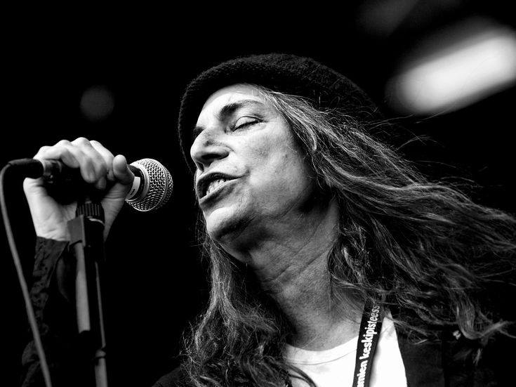 Patti Smith - Wikipedia, the free encyclopedia