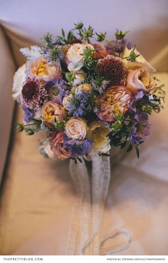 Beautiful bouquet by La Rosa Canina | Photograph by Stefano Santucci Studio | Real weddings