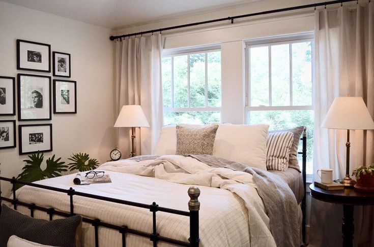 Have guests this weekend? Take guest room inspiration from @pjandthomas, hosts of the HGTV show Down to the Studs. Better yet, visit the Pottery Barn blog to read their 8 tips on how to refresh your guest room! #guestready #downtothestuds #guestroom #bedrooms #friyay