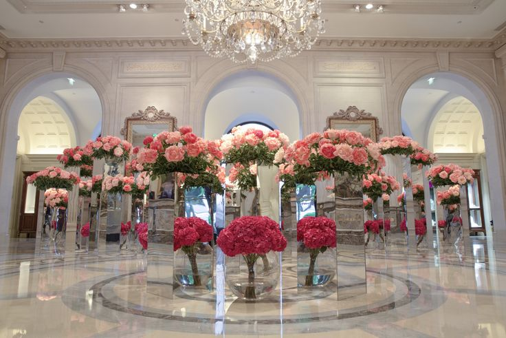 Lobby Envy @fsparis by the talented Jeff Leatham