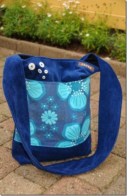 Blue shamubag, retro fabrics.