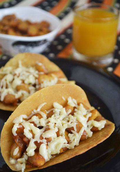 Mexican Tacos with Kidney Bean Salsa  http://www.sharmispassions.com/2011/11/mexican-tacos-with-kidney-bean-salsa.html