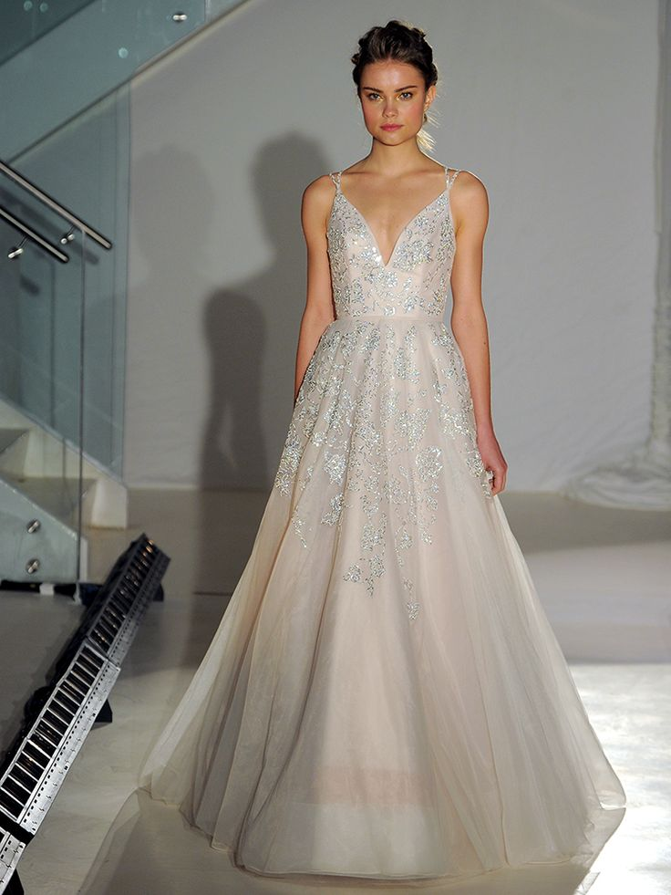 Best 25+ Whimsical wedding dresses ideas on Pinterest ...