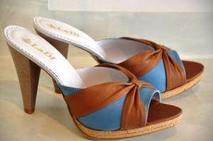 Купить босоножки на каблуках мелким оптом. Купить модные босоножки на каблуке Украина. Купить оптом летнюю женскую обувь с фабрики.  Женские босоножки Бант 95 изготовлены из натуральной кожи на каблуках. Размерный ряд с 36 по 40.