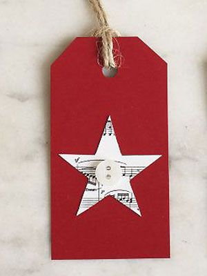 Make a patterned star and button gift tag