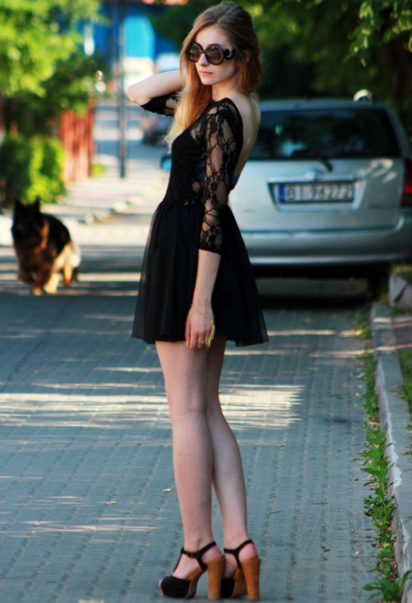 Sukienka rozkloszowana Dresstination - Dresstination