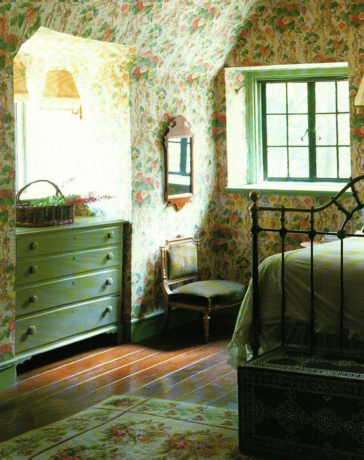 Vintage, cozy green bedroom