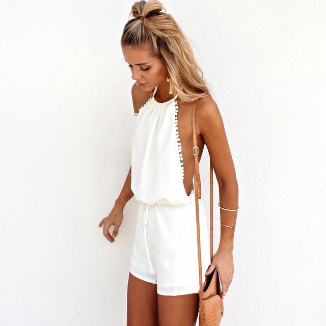 Love this halter Pom Pom jumpsuit | romper | boho summer outfit ideas and inspiration