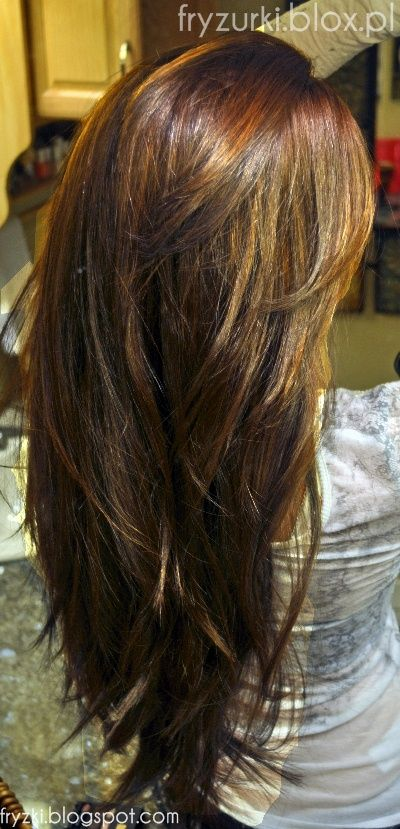 Długie, cieniowane włosy - widok tyłem 2013