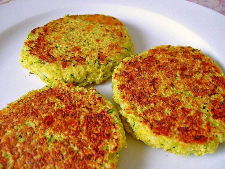 Zucchini-Couscous-Frikadellen, ein sehr schönes Rezept aus der Kategorie Braten. Bewertungen: 15. Durchschnitt: Ø 3,8.