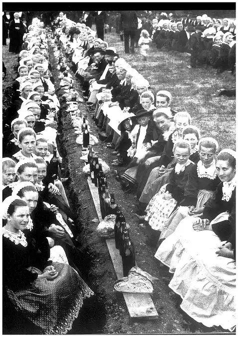REPAS DE MARIAGE BRETON 1900 H. TABOURIN Photo