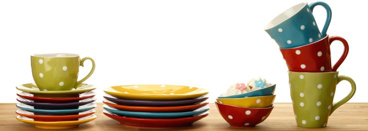 not technically polka dots - Maxwell & Williams Spinkle dinner set