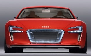 "[brightcove video=""1551863074001"" /]    Just when we were thinking of how delightful it was that electric cars were so nice and quiet, Audi adds sound effects to its R8 e-tron electro-beast concept car, saving absent-minded pedestrians from an unfortunate encounter with this battery-powered road ..."