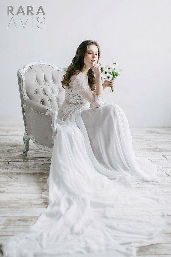 Wedding dress IVIS, couture wedding dress, long sleeved wedding dress, milk