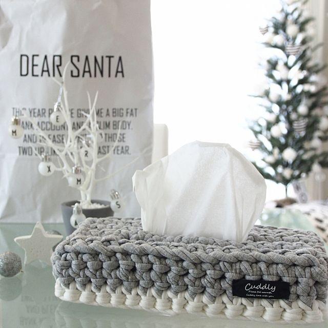 女性で、4LDKの100均/白黒好き/イケア/クリスマスツリー/モノトーンインテリア/クリスマス…などについてのインテリア実例を紹介。「ひさしぶりに編み物♥」(この写真は 2016-11-22 23:43:22 に共有されました)
