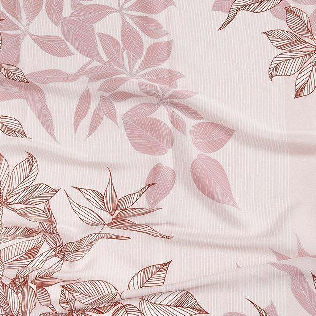 Enamorados de los nuevos forros que han llegado al taller ❤  Este con estampado floral en tonos rosas es 🔝⠀  #peleteriagabriel #peleteriaamedida #arreglosdepeleteria #forros #altapeleteria #floralprint #estampados #peleteria #zaragoza