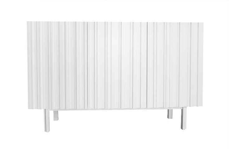 A nice modern white cabinet, swedish design by Björn Welander. Vitt modernt skåp Hermanus, design Björn Welander för @WELANDER DESIGN