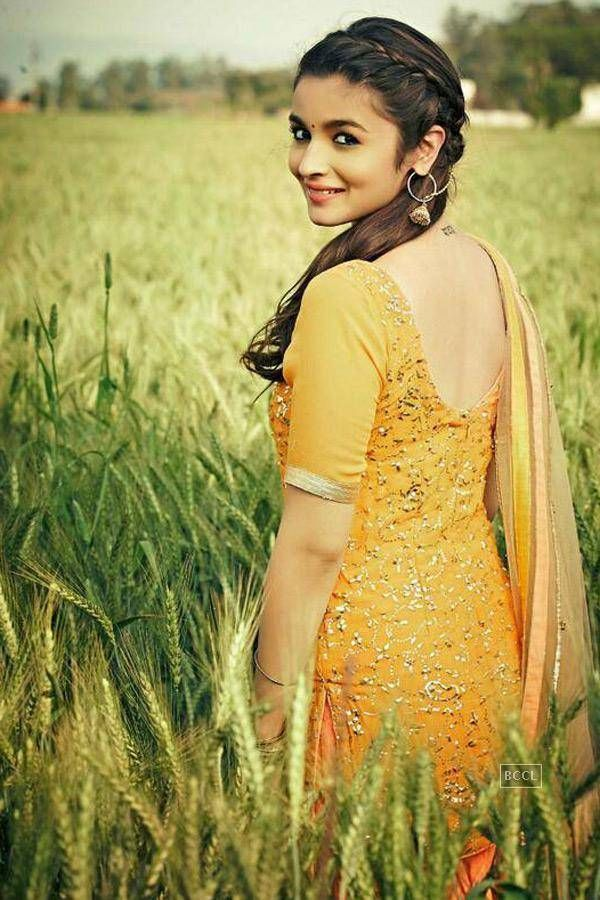 #Alia Bhatt's Portfolio pics #Bollywood