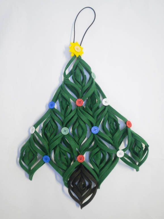 twisted felt Christmas tree