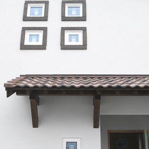 Sanki Haus(サンキハウス)楽暮ブログ:玄関ポーチの屋根