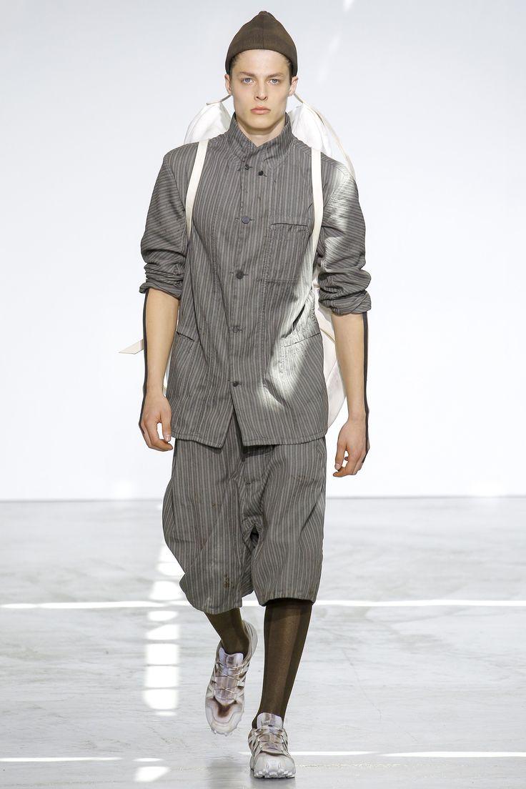 See the complete Boris Bidjan Saberi Spring 2017 Menswear collection.