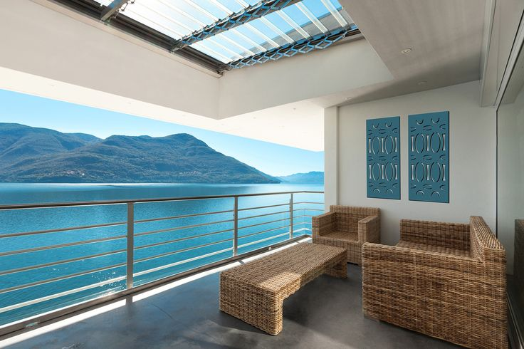 Matching decorative screens to compliment the beautiful view from the outdoor area.