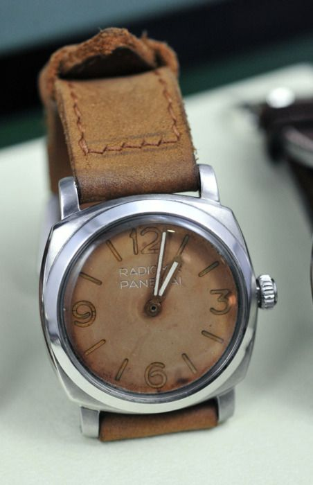 Panerai - I need a brown watch for casual outfits.