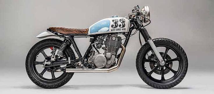 Kommen wir zur Yamaha SR 500    Immer noch polarisiert dieses Motorrad.    Ich freue mich auf die Wieder-Einführung 2014 in Europa.      ...