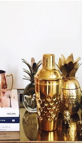 best 25 drinks cabinet ideas on pinterest drinks. Black Bedroom Furniture Sets. Home Design Ideas
