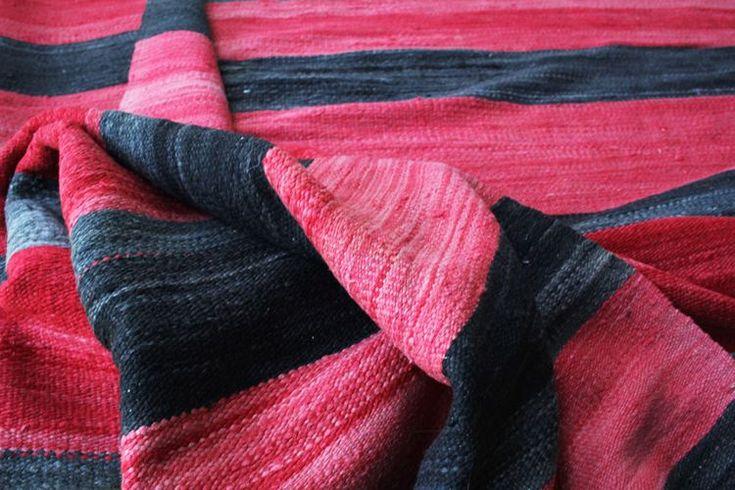 Vintage kelim tapijten uit Marokko. Authentiek en handgemaakt. Ieder exemplaar is uniek. Bekijk onze collectie.