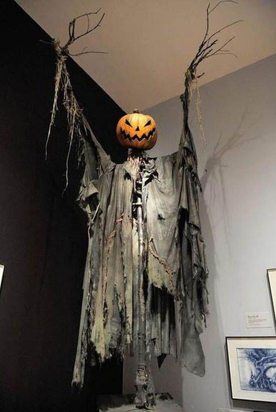 70 Easy Halloween Decorations Party DIY Decor Ideas Massacre Manor