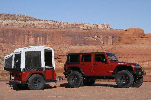 La tienda de campaña más aventurera es el remolque de un Jeep