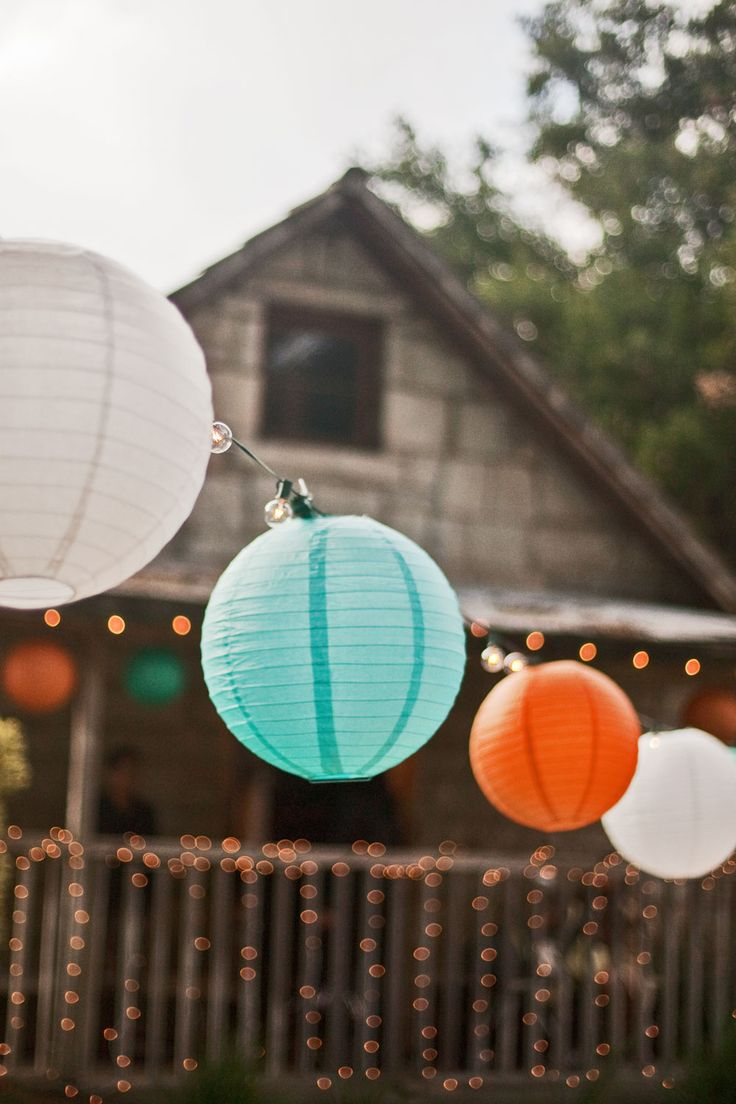 Teal and Orange Wedding Ideas. Great for a bohemian or beach wedding.