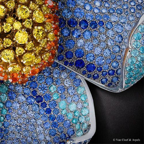 Detail of Van Cleef & Arpels Pavot de l'Himalaya clip, Palais de la chance collection
