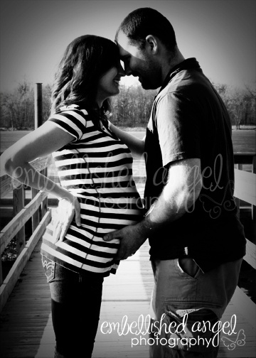 Pregnancy photos - maybe Ray and I can pull something like this off?