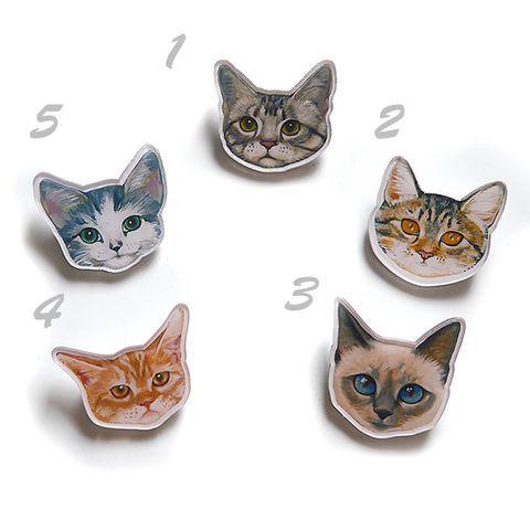 猫プラ板ブローチ