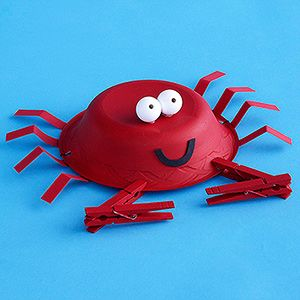 Crab Hat  Feeling crabby? Perk up with a crab hat made from a paper bowl and clothespin claws!   -would be cute for beach themed b-day party craft/favor-