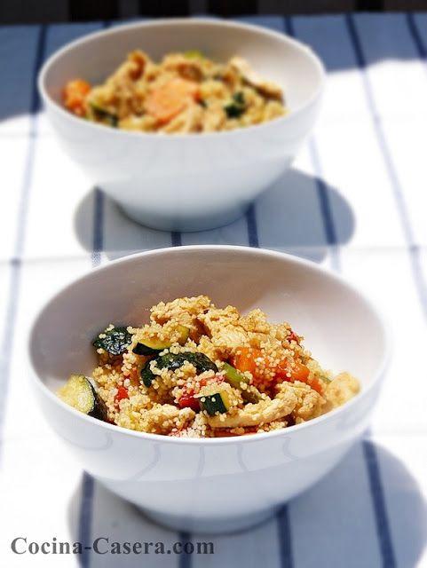 El cous-cous o cuscús es un plato tradicional de Marruecos y Argelia, elaborado a base d...