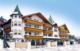 #Hotel #Dolomiten #Villanders günstig buchen - www.winterreisen.de 3 Sterne Hotel Dolomiten/ Italien - Oberhalb von Klausen, am Sonnenhang des Eisacktales in den Dolomiten, liegt das 3 Sterne Hotel in Villanders. Das Berglandhotel wird mit viel Liebe und persönlichem Einsatz geführt