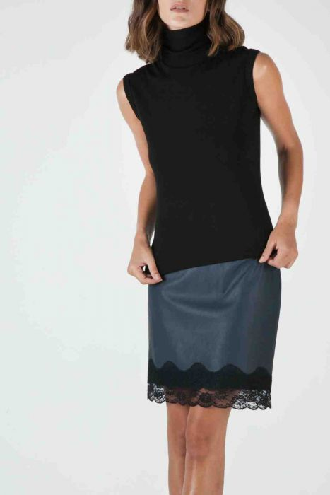 Turtleneck sleeveless top #despinavandicolletion