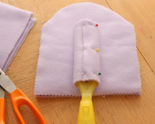 DIY reusable swiffer duster cloths from fleece.